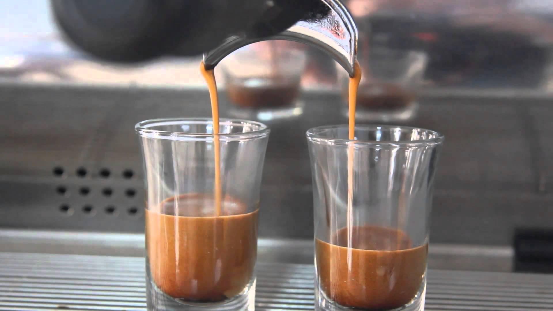lớp học dạy pha chế cafe