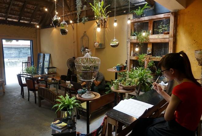 chia sẻ cách kinh doanh quán cà phê