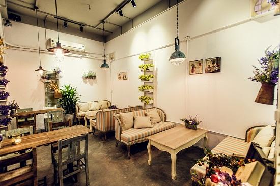 thiết kế không gian quán cafe nhỏ xinh
